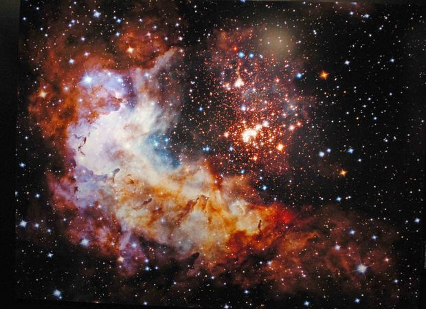 ハッブル宇宙望遠鏡25周年記念展_2.jpg