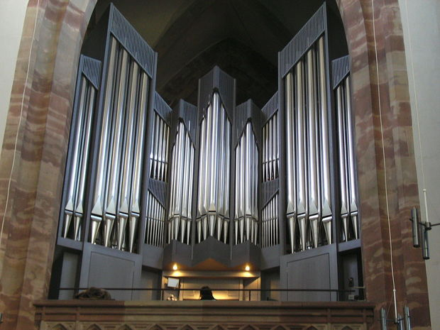 St. Arnual Cathedral_Kuhn-Organ_1.jpg
